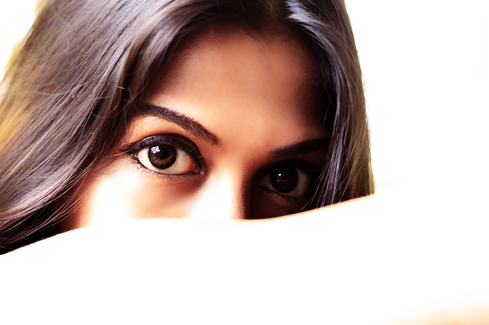 Fashion, Style, Eye Makeup, Colored contact lenses, Fashion Photography, Indian Fashion Blogger, Beauty, Eyes, Adore, Style Over Coffee-3